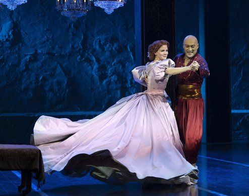The King and I - Kelli O'Hara and Ken Watanabe. Photo by Paul Kolnik.
