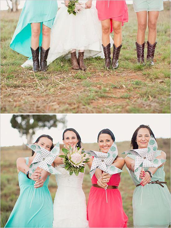 pinwheel bridesmaid ideas #bouquet #bridesmaids #weddingchicks http://www.weddingchicks.com/2014/02/27/south-africa-farm-wedding/
