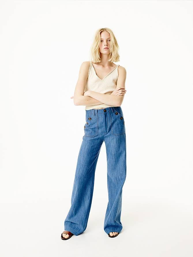 Vino in Coresi sa descoperi colectia de primavara-vara Zara!