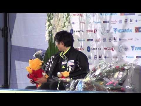 ▶ Finlandia Trophy Yuzuru HANYU kiss&cry SP 00056 - YouTube キスクラ→健人の演技を少し見る→メディア対応の様子まで