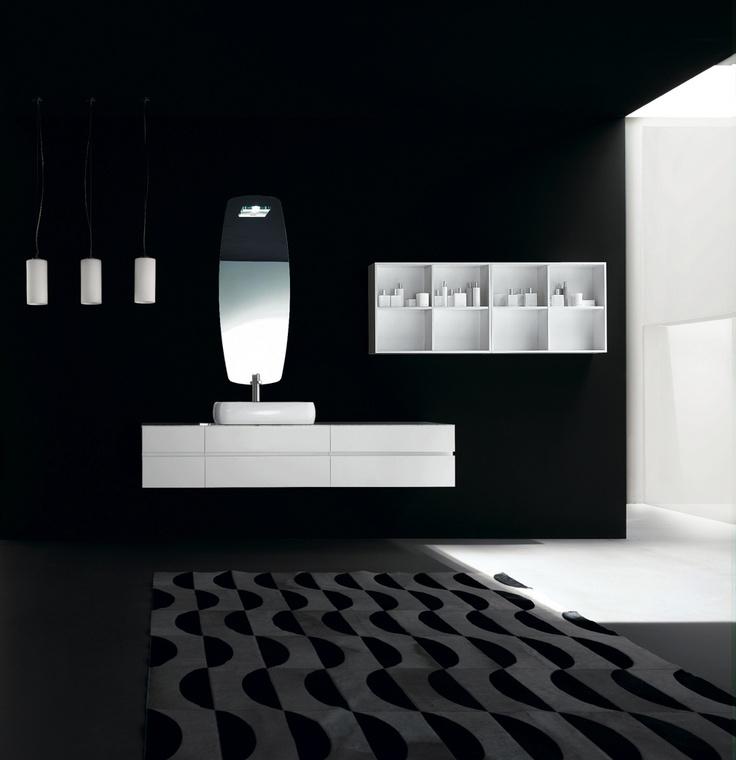 KUBIK 56 - Composition lacquered L41 Bianco matt. Recessed handle Bianco glossy. Top A10 Marmo Bianco Carrara. Ceramic washbasin mod. Ring 60.
