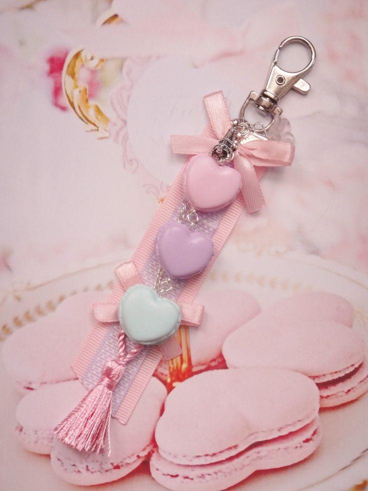 bijou de sac macarons pastels en fimo : Porte clés par maemele