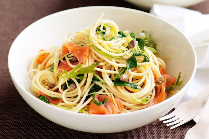 All it takes is a mere six ingredients to make this Smoked salmon spaghetti recipe.