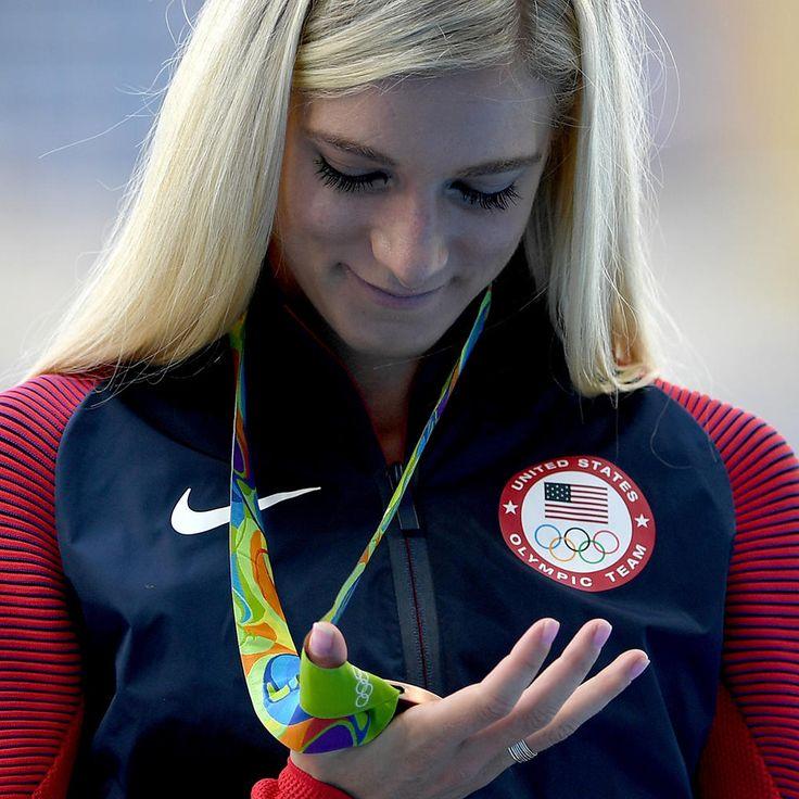 Emma Coburn in the Olympics admiring her bronze medal for the steeplechase. Good work, girl !