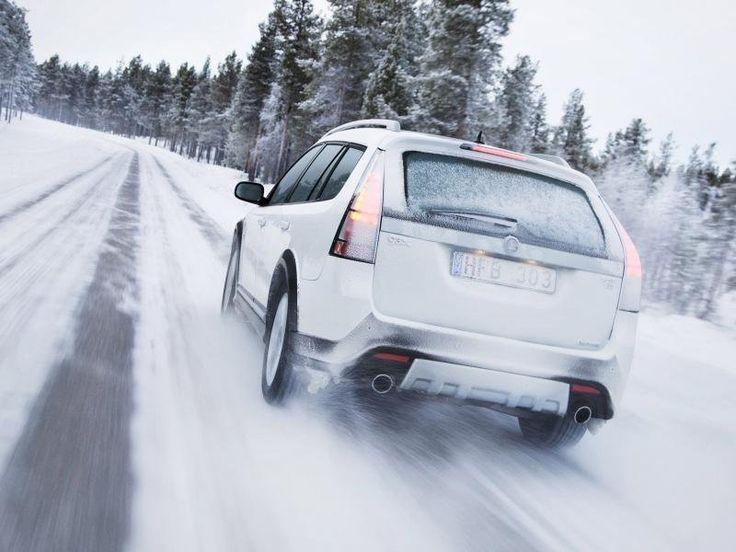 Советы автомобилистам по уходу за машиной зимой     Как только приходят холода и температура опускается ниже нуля, уход за автомобилем становится еще более важным и значимым. Такие факторы как рассыпанная дорожниками соль на дорогах, сильные морозы, перепады температуры, все это влияет на состояние вашего автомобиля.  Статья полностью: http://xn--80aiyb6f.xn--p1ai/moj_avto_mir/sovety_avtomobilistam_po_ukhodu_za_mashinoj_zimoj/