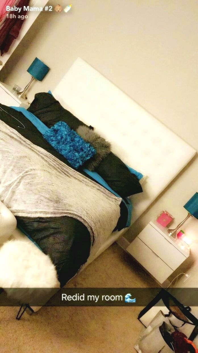 things to decorate a teenage girl s bedroom decorating your teen rh pinterest com