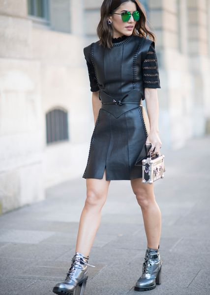 Street Style Guide To Wearing Black This Summer—Square shoulder dress with belted waist