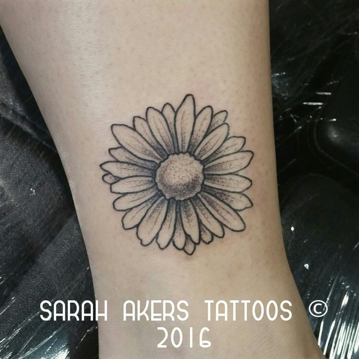 Simple Daisy Tattoo: 54 Best Silhouette Images On Pinterest