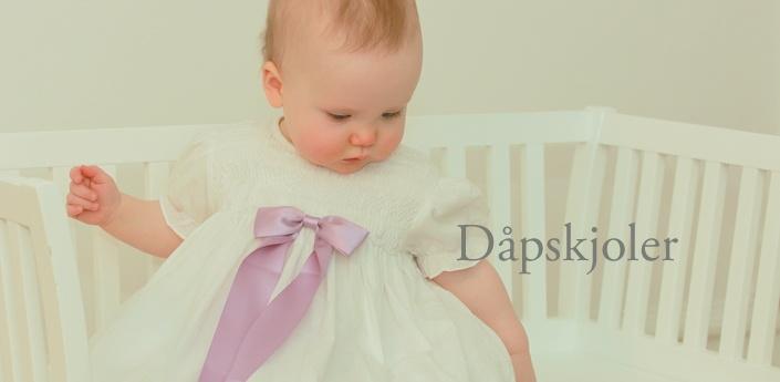 Oli Prik Dåpskjoler, Dåpsklær og Babytøy  Her finner du et bredt utvalg av våre dåpskjoler. De er alle på lager og kan kjøpes online. Kolleksjonene våre av fine dåpsklær og dåpstilbehør passer både til tradisjonell som moderne dåp.