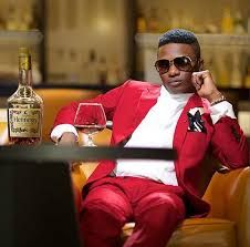 Owojela's Blog-Latest Naija News and Gist : What Wizkid did to his best woman [A MUST SEE]