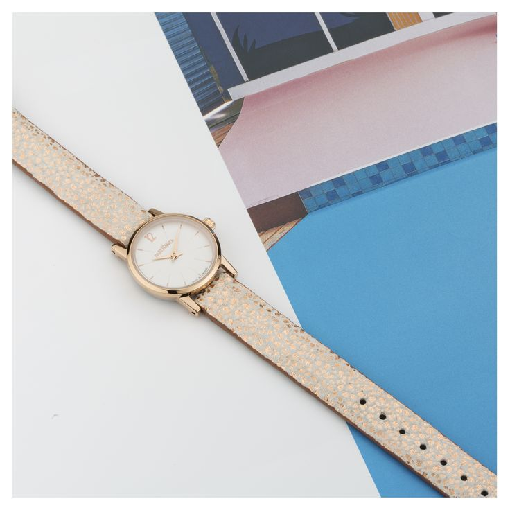 L'Insouciante Irisé Or Rose  #lespartisanes #womens # watches #madeinfrance #watchaddict #jewellery #love #summer #paris #spring #toutespartisanes