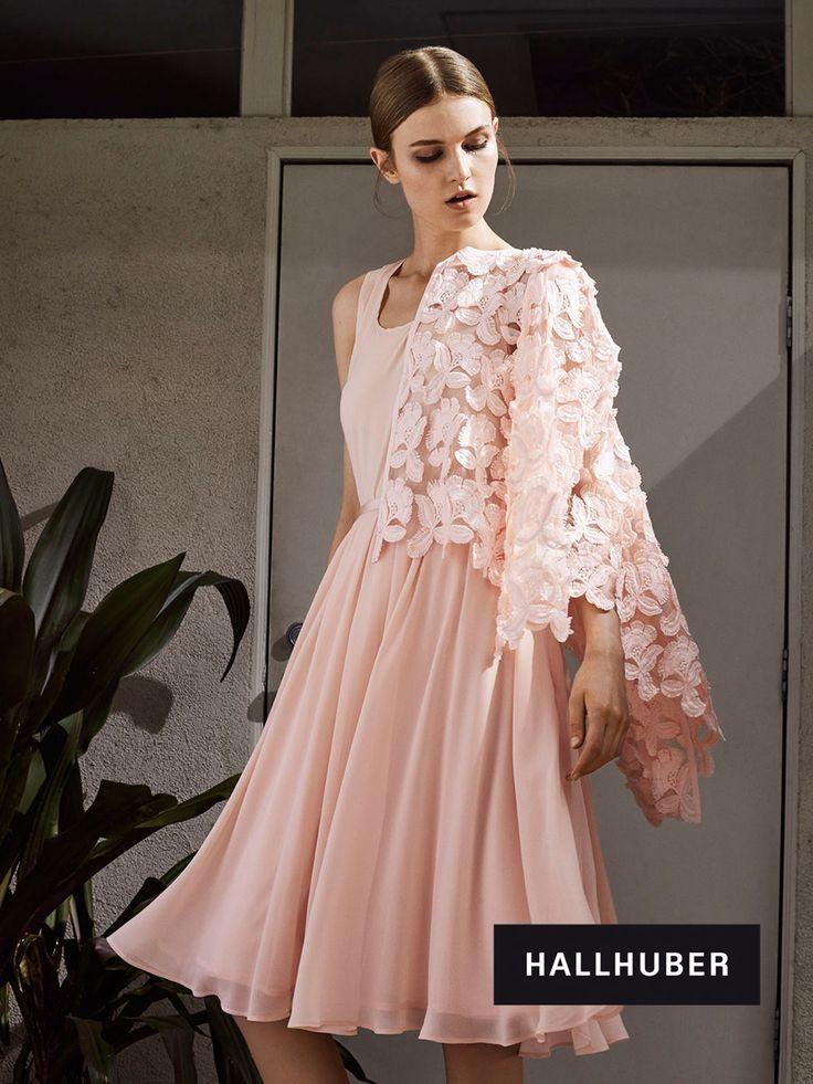 Wundervoll pastellfarbenes Outfit von Hallhuber! #EuropaPassage #EuropaPassageHamburg #style #fashion #mode #trend #outfit