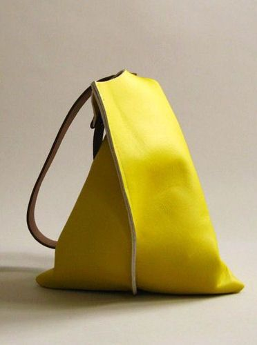 slouchy yellow leather handbag <3 lovely, love it need it