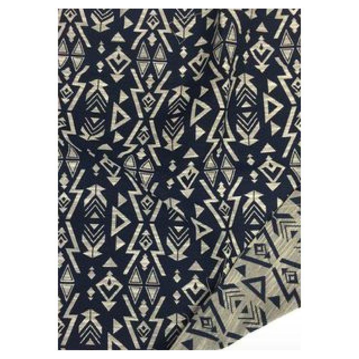 Tissu jacquard motif inca  Coloris : Marine