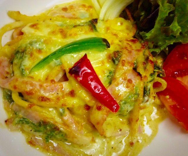 Florentine's Pasta (Cream Spinach and Ham Pasta baked Cheese)