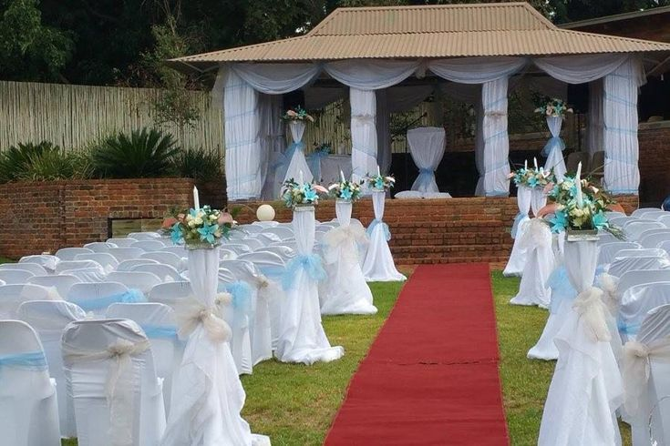Crystal Rose Lodge And Spa | Wedding Venue in Muldersdrift | Intimate Weddings | Accommodation | Spa Facility | Outdoor chapel | Krugersdorp | Indoor chapel