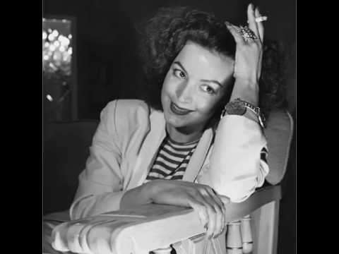 """María Félix """"La Doña"""" no sólo fue reconocida por su talento y su belleza, sus palabras también fueron inspiración para muchas mujeres."""
