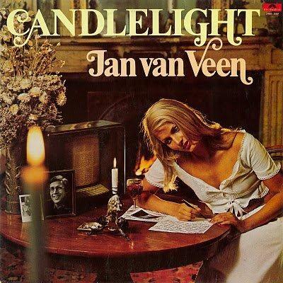 Candlelight met Jan van Veen op de radio.  Ik nam het op en dan schreef ik later de mooiste gedichten weer op.