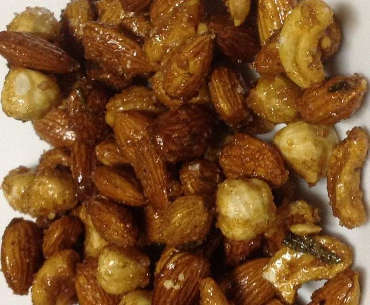 Recipe Spicy Sweet Nuts by Choppers - Recipe of category Baking - savoury