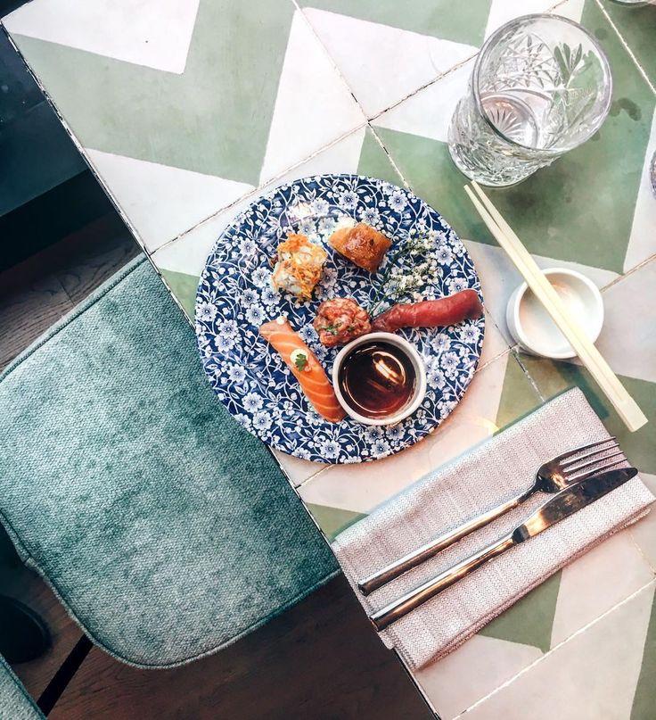 Sushi espectacular en @sushitacafe Quién quieres que te invite? Etiquétalo en los comentarios!!