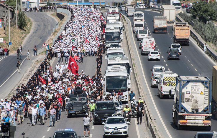 Yarına İstanbul'dalar: Öne Çıkan Başlıklar ve Fotoğraflarla Adalet Yürüyüşü'nde 22. Gün