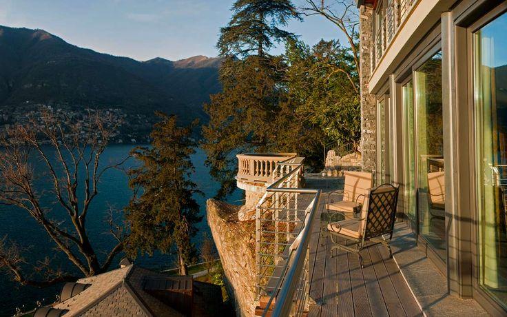 …the perfect place for a #romantic #escape on #lake #Como!  Book Now http://www.castadivaresort.com/it/