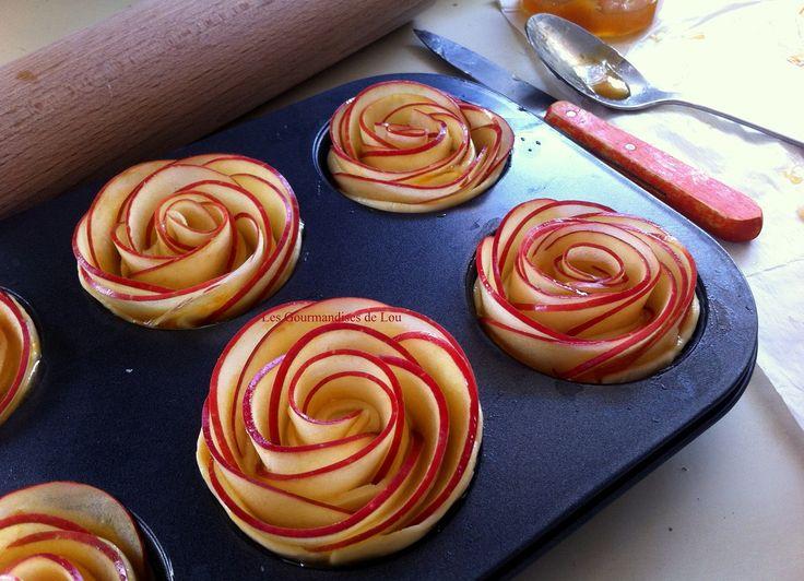 Préparation tartelettes roses de pommes