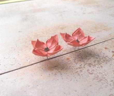 Boucles d'oreille Origami lotus de métal inox  : Boucles d'oreille par amelia-pond