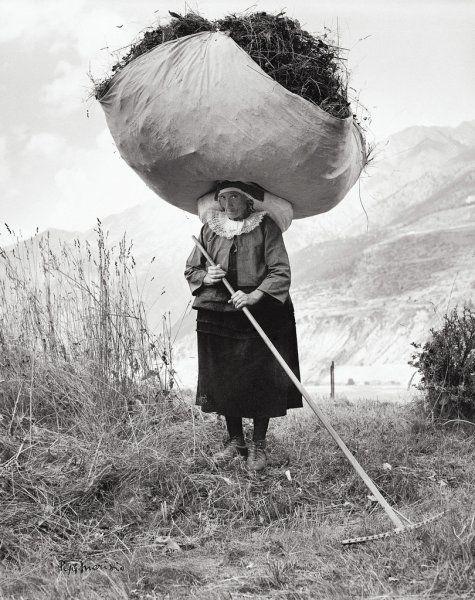 Italy. Valle di Cogne (Aosta), 1959 // By Pepi Merisio