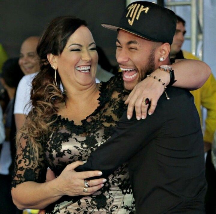 Photo of Neymar  & his  Mother  Nadine Santos