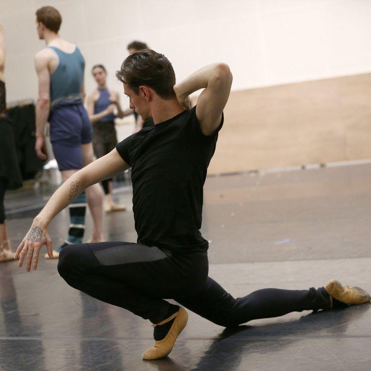 セルゲイ・ポルーニンが好むのは、苦悩。2000万回再生された、異色の天才バレエダンサー
