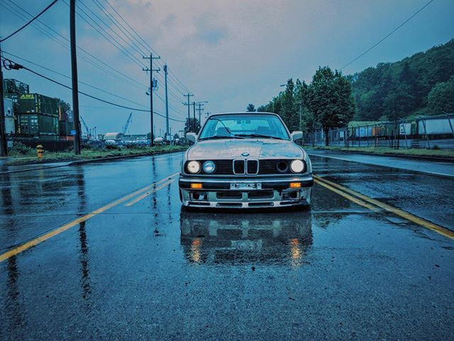 This is my getaway from reality.. #e30 #325is #m3 #m20 #bmw #pnwbmw #revlimited #bimmerworld #bimmer #dirtye30 #thedirtythirty #euroclassic #eurostance #catune #kamotors #m50 #m52 #m30 #m54 #s54 #s52 #s50
