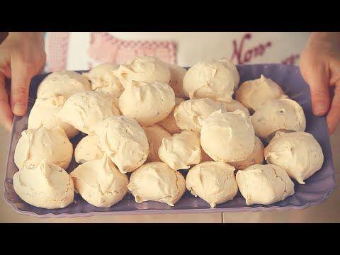 SPUMINI / MERINGHE con nocciole e gocce di cioccolato ricetta facile - Meringue cookies easy recipe - YouTube