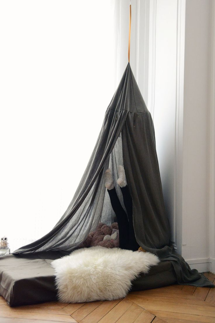am nager et d corer un chambre pour deux enfants fille et gar on diy une tente fa on tipi. Black Bedroom Furniture Sets. Home Design Ideas