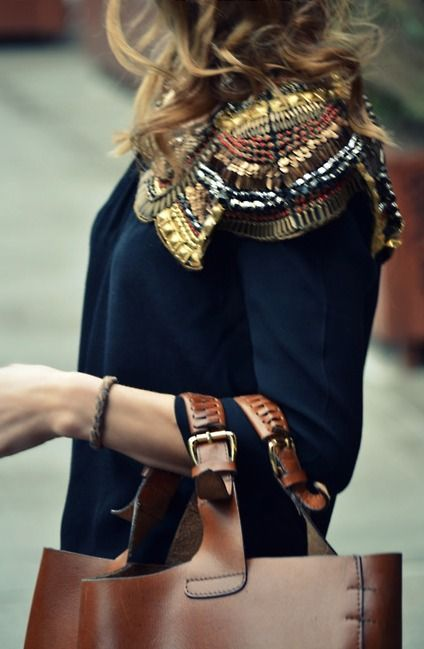 shoulders: Outfits, Sweaters, Details, Style, Clothing, Sequins, Shoulder Pads, Leather Bags, Embellishments