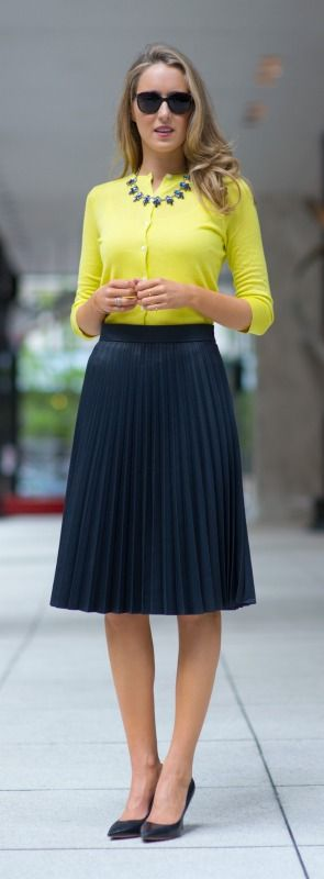 lime + navy, just so perfect as work outfit