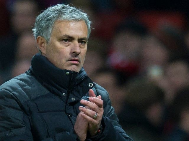 Report: Jose Mourinho to be offered new five-year Manchester United contract