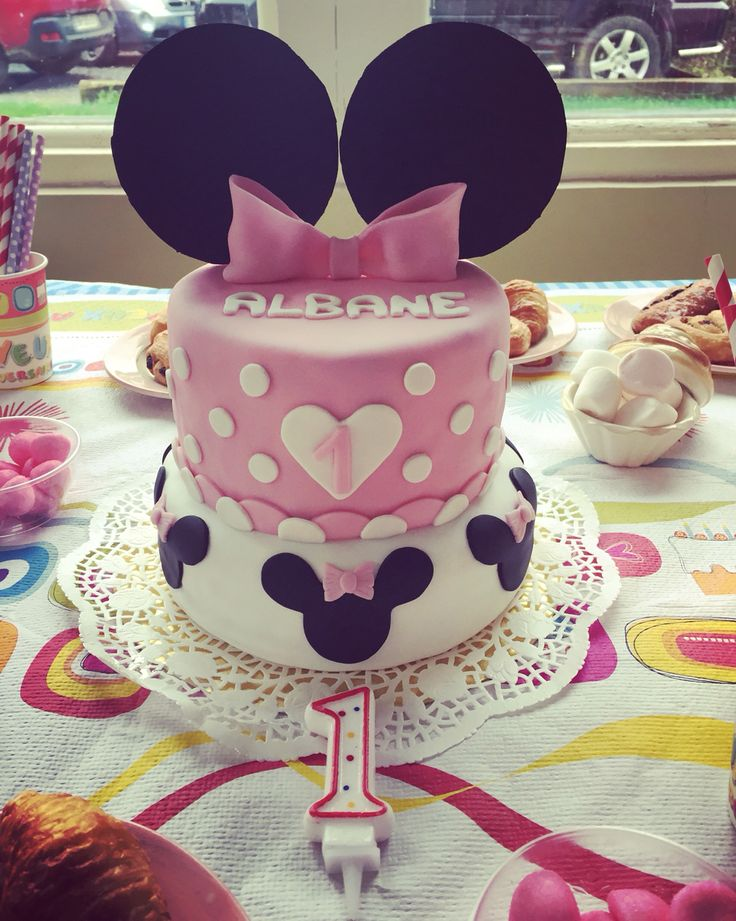 25 best ideas about anniversaire 1 an fille deco on pinterest anniversaire 1 an fille - Gateau anniversaire 1 an fille ...