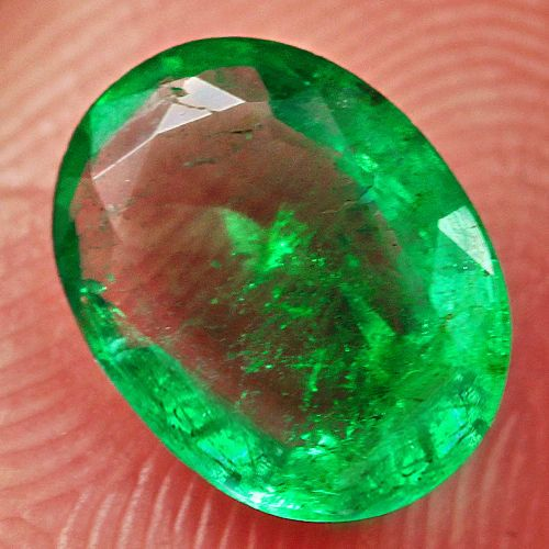 Natural Museum Grade Green Emerald 1CT 100% by StrikelineMinerals