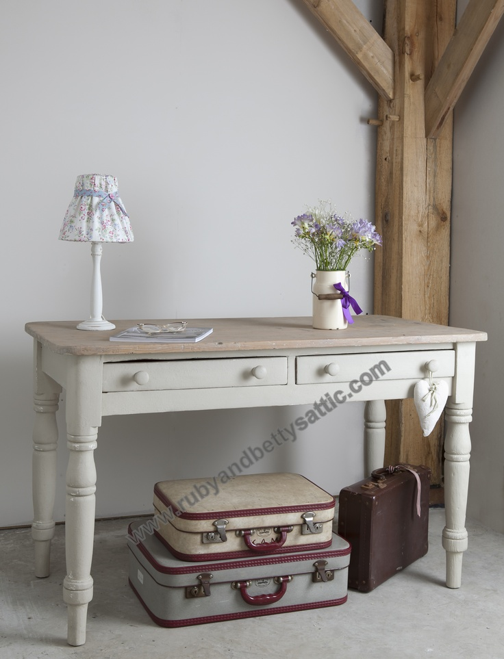Beautiful Table. Look Lovely In The Entrance Hall. From  Www.rubyandbettysattic.com