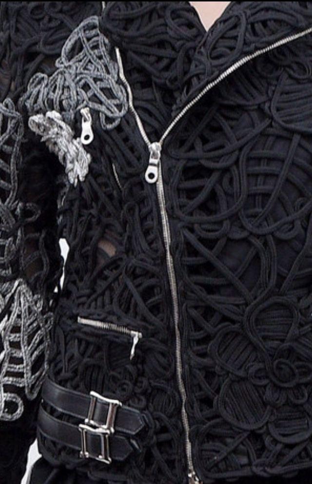 Experimental textiles for fashion; couching variation; sewing idea; fashion detail // Noir Kei Ninomiya Spring 2016
