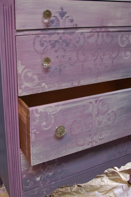 stencil over cece caldwell new orleans purple chalk clay paint paint the town red or rather. Black Bedroom Furniture Sets. Home Design Ideas