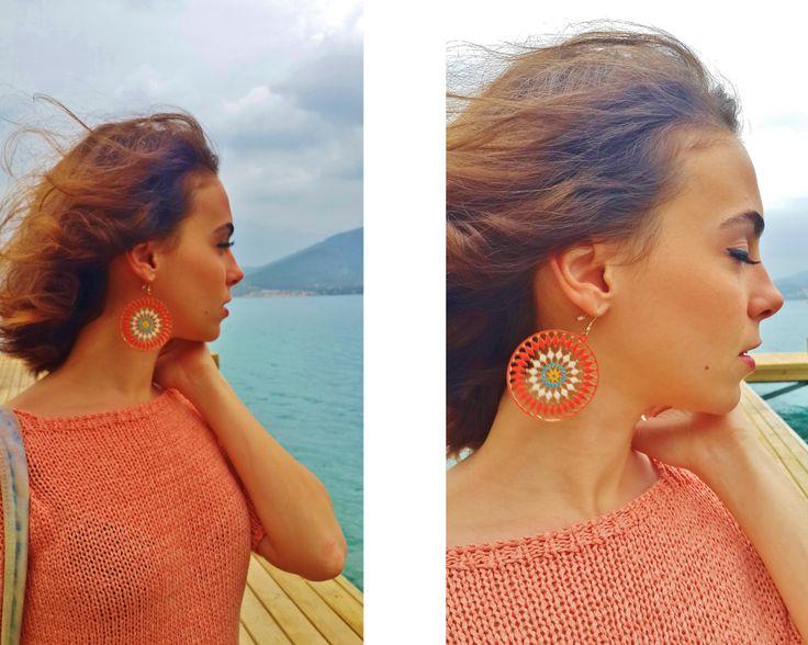 looking forward... #me #fashion #earring #style #stylebookofelif #orange #white #blue #beach #seasidehttp://elifisek.blogspot.com.tr/