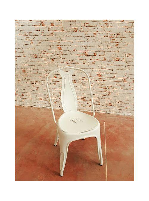 Sedia in ferro stile industriale effetto vintage, i particolari della sedia sono…