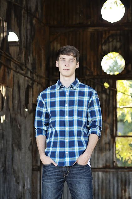 senior session boy pose