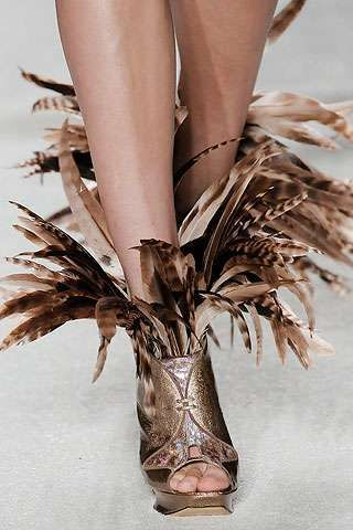 bizarre+shoe+designs | 29 frontless shoes annejet kosters shoe designs full article