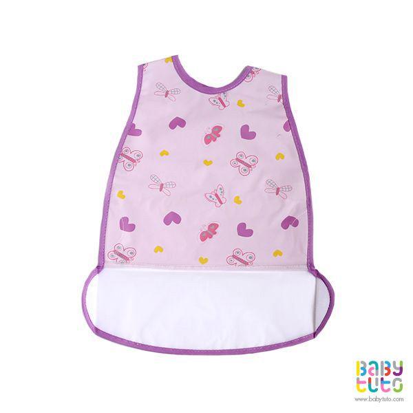 Babero perchera de PVC rosado, $3.690 (precio referencial). Marca Bambino: http://bbt.to/1MjjaqV