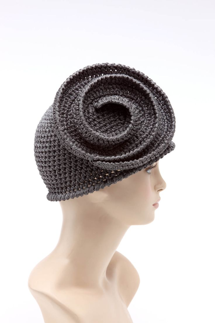Carmen evening version | handmade crochet hat - www.capple.it