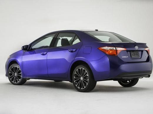 """""""Then as now the nation's best-selling car is the Toyota Camry in fourth place overall. In a big rivalry Honda's redesigned Civic with sales up 13.6% nudging out Toyota Corolla down 1% for fifth place"""" - http://ift.tt/2drfkBf   Toyota and Honda in the top spots again! We <3 Japanese cars!"""