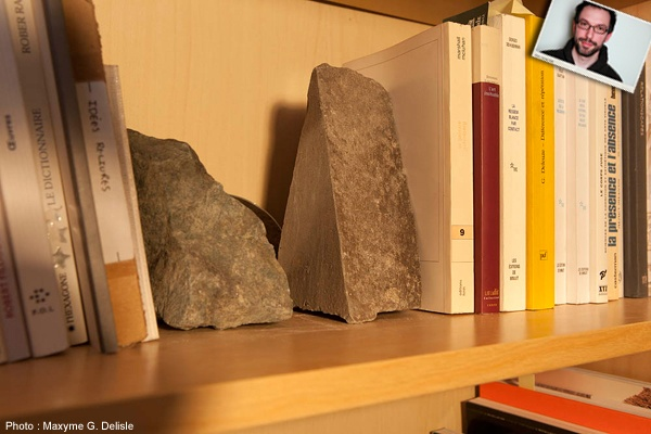 JEAN-SIMON DESROCHERS | Des roches d'un peu partout. Oui, je collectionne les roches, question de nom faut croire. | Photo: Maxyme G. Delisle